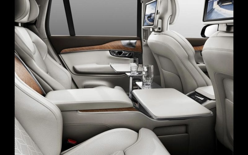 Volvo-XC90-Excellence-02